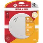 First Alert 10-Year Sealed Battery Photoelectric Slim Round Smoke Alarm Image 2